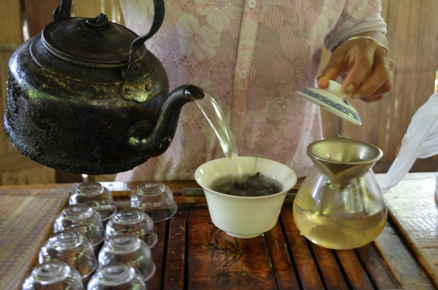 House of Haos Yunnan Puer Tea Hike Tea Tasting Pouring