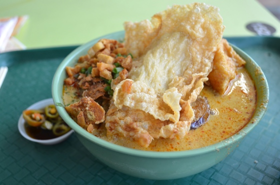 House of Haos Hong Lim Food Court Singapore Cantonese Delights Tofu Curry Laksa Pork Fat 2