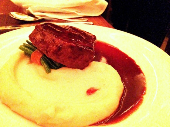 House of Haos Commerce West Village NYC New York Classic Steak Diane Haricot Vert Potato Puree