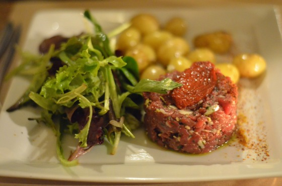 House of Haos Les Fines Gueules 75001 Paris Steak Tartare