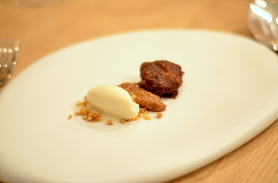 House of Haos Restaurant David Toutain Paris Sunchoke Ice Cream Pralines