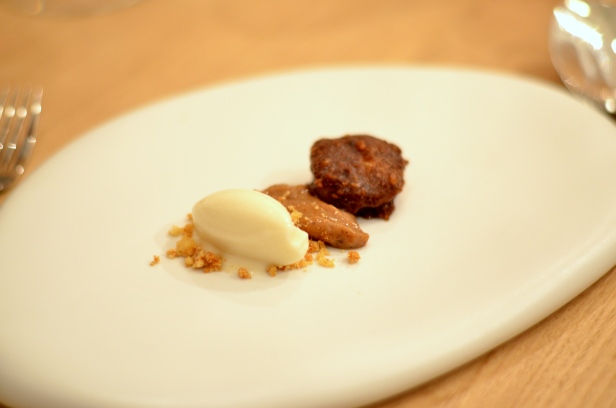 House of Haos Restaurant David Toutain Paris Sunchoke Ice Cream Pralines