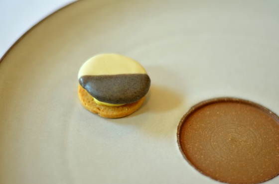 House of Haos Eleven Madison Park Flatiron NYC Tasting Menu Savory Black and White Cookie Apple